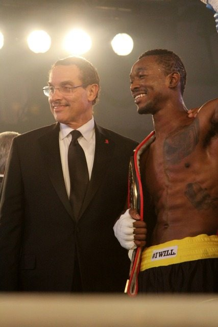 Mayor Vincent Gray (Mayor of Washington, D.C.) with 2013 Fight Night Boxer