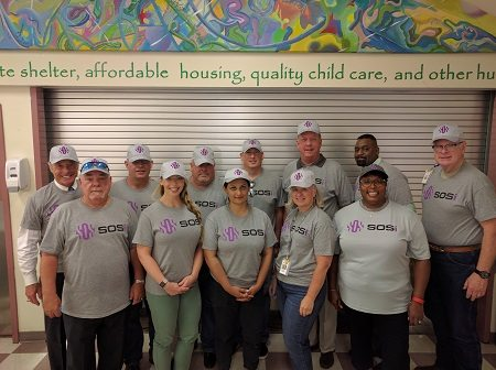 SOSi staff lend a hand at a local community center in the Washington, D.C., area